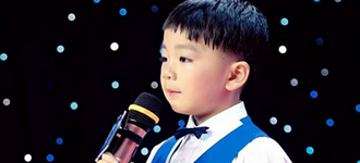 这个8岁小男孩用萧山话说快板,就差唱... - 大江东网