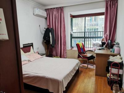 业主自住房出售,精装修124方150万