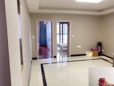 紫瑞华庭 70平方 2室 商品房 精装 南北通透 整租 平层