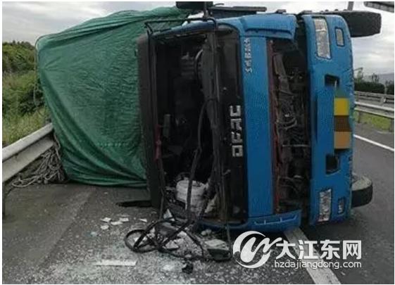 @大江东司机们,高温下爆胎事故高发 教你正确预防和应对